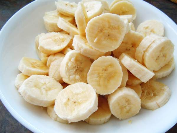 Нарезаем банан