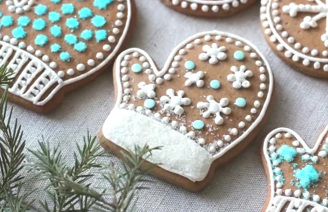 Простое и вкусное печенье на Новый год 2022 своими руками